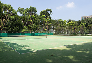 中央公園テニス場