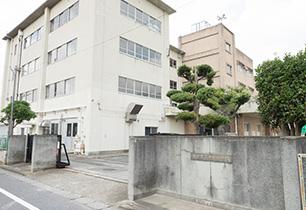 松戸市立中部小学校