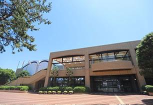 豊橋市総合体育館